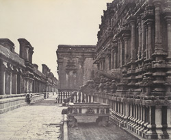 Sacred cistern and water spout belonging to the Subrahmanya Temple [Brihadishvara Temple, Thanjavur].